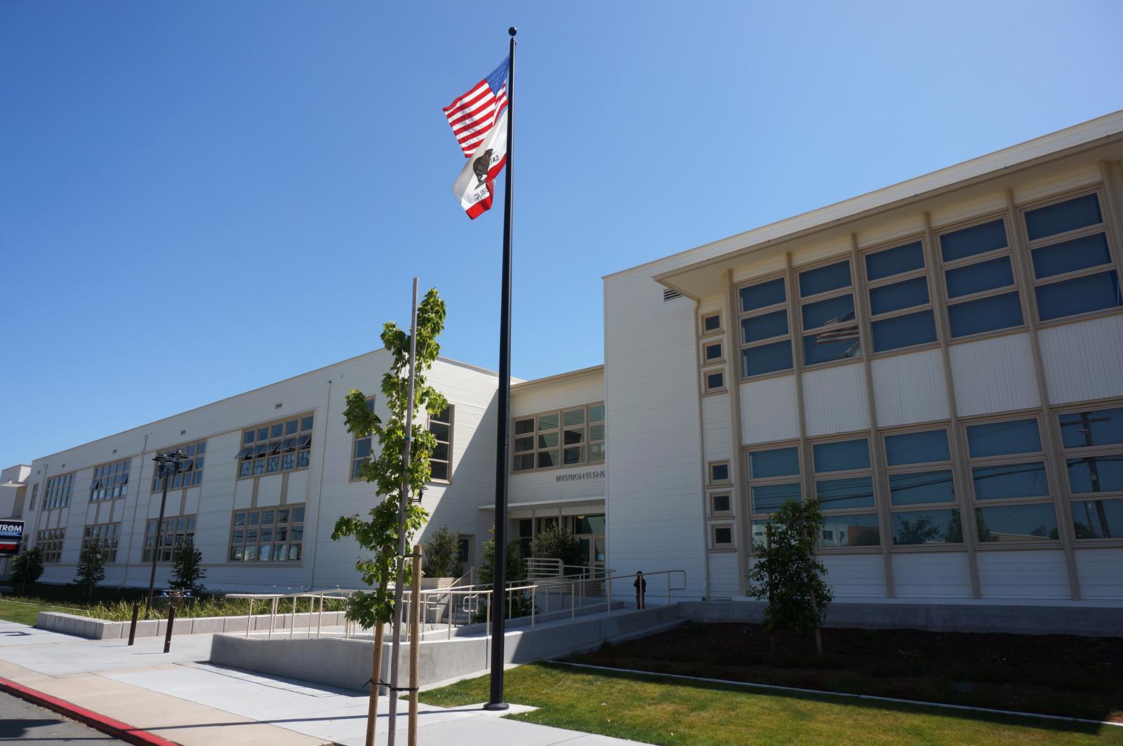 Nystrom Elementary School CC-ND