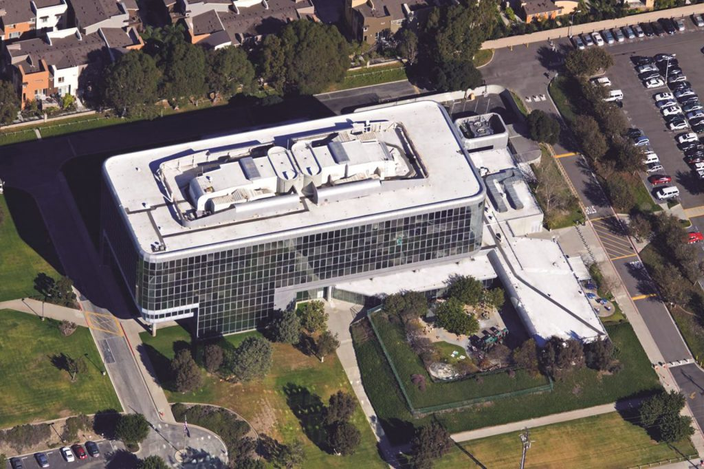 Hawthorne Federal Building Roof Design
