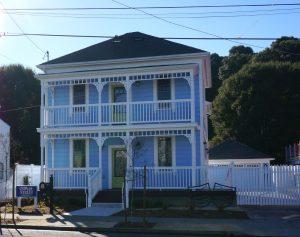626 Quinan Street Historic Building Exterior